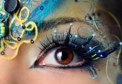 Фантазийный макияж-пошагово.