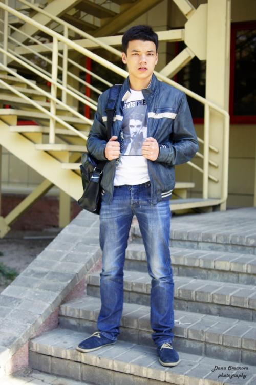 Лук в школу парню. 7 стильных образов для парней на каждый день