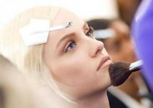 Кто делает макияж как его называют