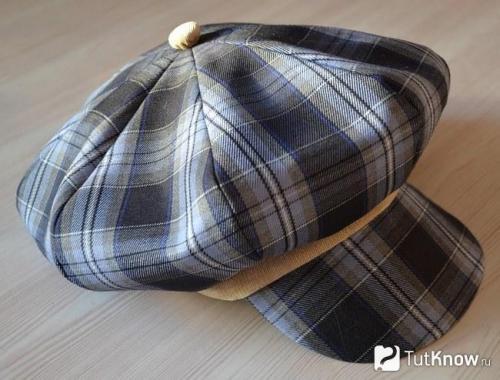 Как своими руками украсить шляпу. Как украсить шляпу: простые и эффектные способы 46