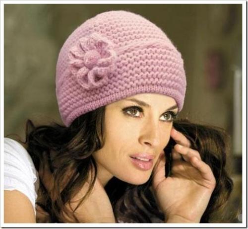 Как украсить вязаную шапку пайетками. Как украсить вязаную шапку?