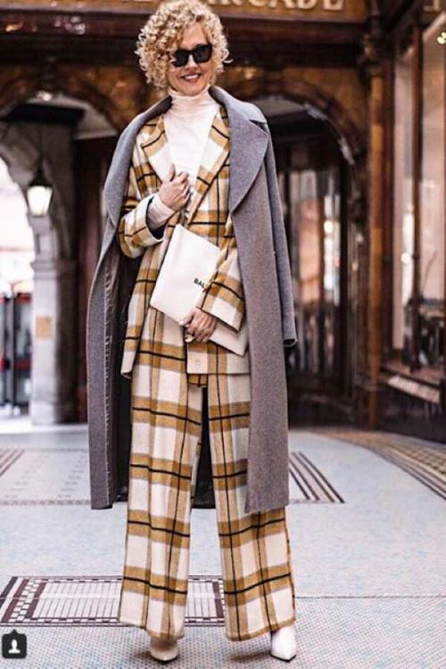 Мода для женщин за 40 в 2019 году осень. Модные осенние образы 2019 для женщин 40-50 лет