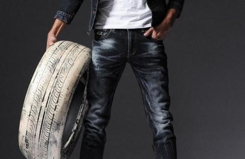 Марки джинсовой одежды список. Фирмы брендовых джинсов, какие джинсы самые крутые?