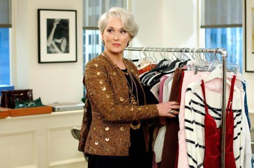 Элегантная одежда для женщин после 50 лет. Базовый гардероб для женщины 50 лет: элегантные фасоны летней и зимней одежды