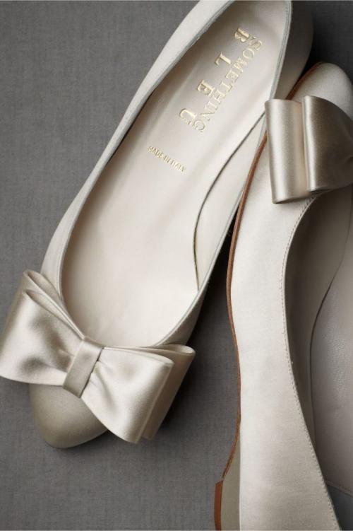 Украшение туфель своими руками. Как украсить своими руками свадебные туфли невесты?