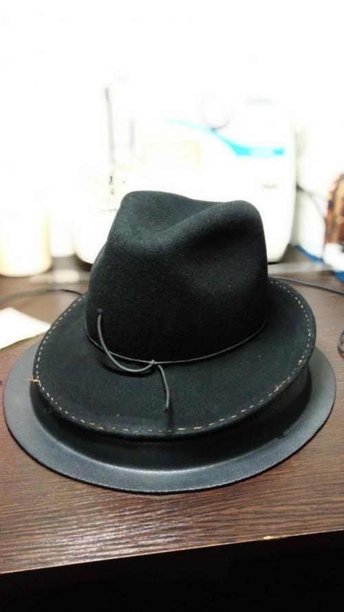 Как украсить шляпку своими руками. Как сделать стильную шляпу своими руками 02