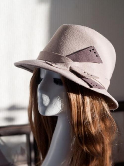 Как украсить шляпку своими руками. Как сделать стильную шляпу своими руками 35