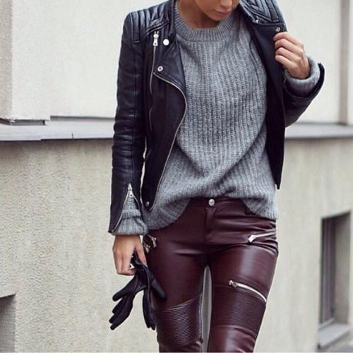 С чем носят кожаные брюки. Актуальный декор кожаных брюк и с чем их одеть