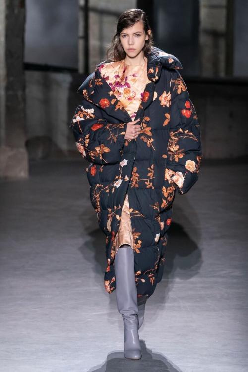Шуба или пальто, что лучше. Защита от холода и ветра