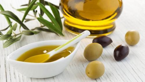 Чем полезно оливковое масло для волос. Польза оливкового масла для волос