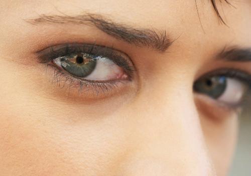 Темные круги под глазами признак, какой болезни. Темные круги под глазами, как симптом системного заболевания