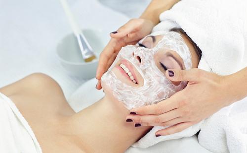 Маски для лица в домашних условиях для жирной кожи. Домашние маски для жирной кожи лица