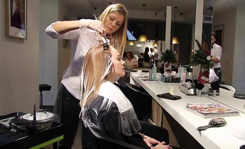 Как из светло русого перекраситься в блондинку. Основные секреты окрашивания волос в блонд без желтизны
