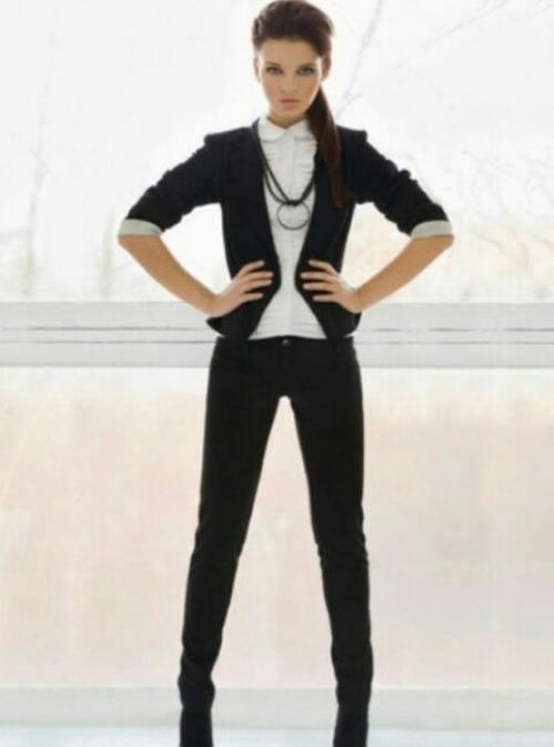 Модная деловая одежда: список и фото стильной деловой одежды - Деловой стильширокие брюки, часы