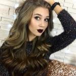 """Бьюти - блогер Виктория нейфельд, создатель канала """"MrsWikie5"""", перешагнула отметку в 200 000 подписчиков!"""