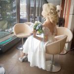 Ни в коем случае не экономьте на свадебном стилисте.
