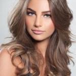 Все таки цвет волос и прическа играют наиважнейшую роль в создании образа женщины.