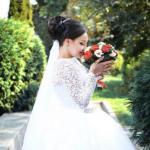 Еще не определилась с выбором визажиста и парикмахера на свадьбу или выпускной?