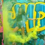 Фотопроект?  4 октября мы проводим очень яркий фото - проект в Москве на фоне граффити, с баллончиками с краской и цветным дымом?