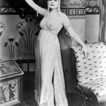 Элегантный, сексуальный, практичный стиль эмансипе 1920-х годов.